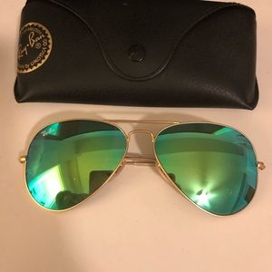 NWOT Authentic- Ray-Ban Sunglasses RB3025 AVIATOR